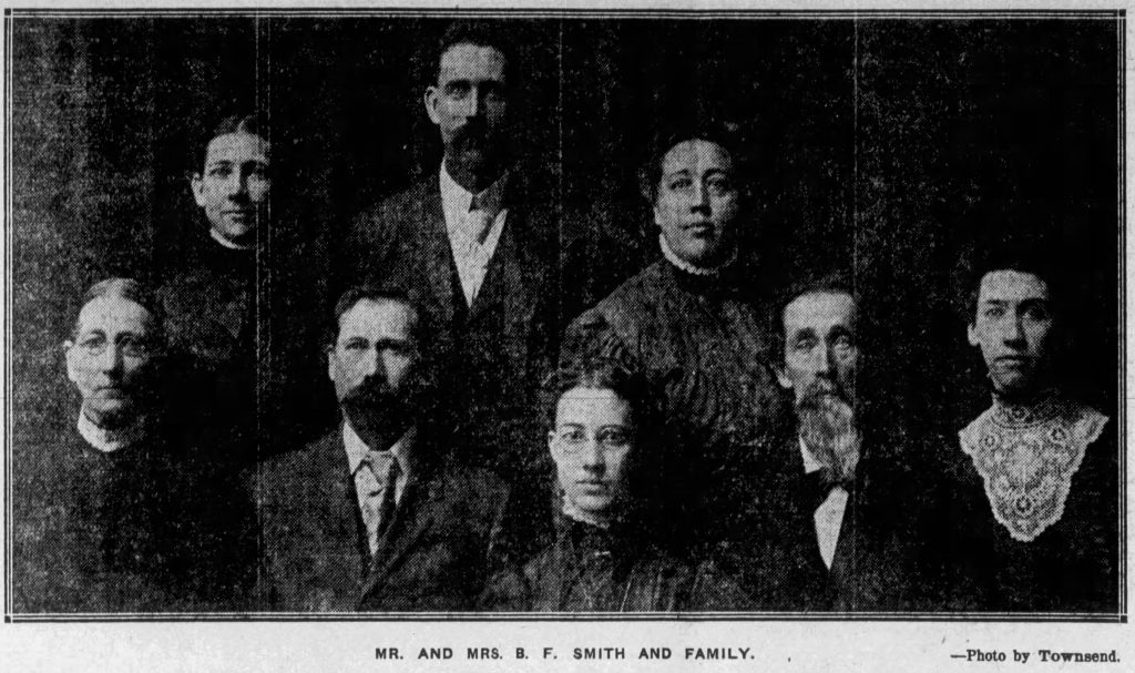 A Smith family photo (Nebraska State Journal, 12.25.1915)